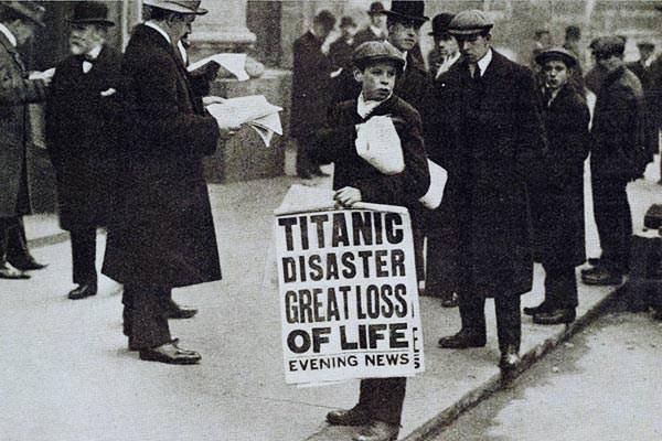 titanic-disaster-london-evening-news